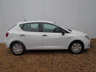 Seat Ibiza 1.2 S 5dr [AC] Hatchback Petrol WhiteSeat Ibiza 1.2 S 5dr [AC] Hatchback Petrol White at Franklins Ltd Port Erin